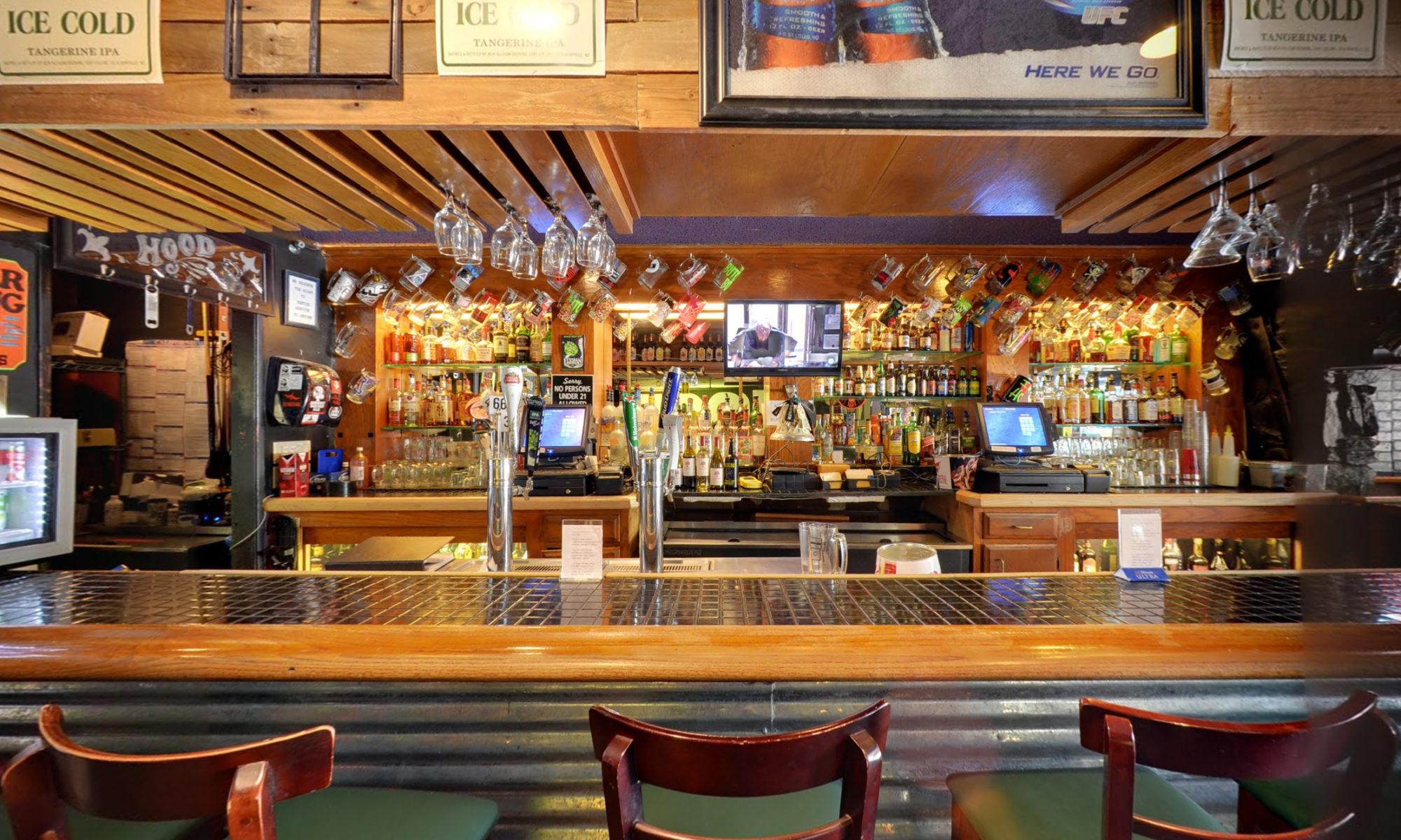 Hood Bar and Pizza